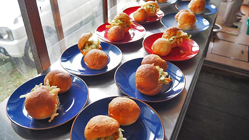 楽しいお話と地元野菜ランチをみんなで一緒に。 温井集落の寺子屋 大応寺カフェ